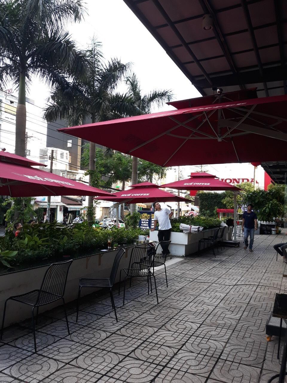 Sản xuất, gia công bàn ghế, ô dù dùng cho các công trình quán: cafê, nhà hàng, quán ăn, bar, resort…