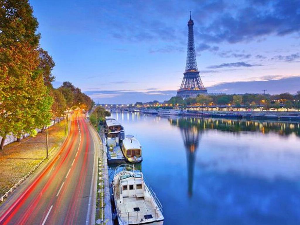 Đi du lịch Châu Âu được mang bao nhiêu tiền? Top 4 loại thẻ thanh toán quốc tế nên mang theo khi đi du lịch Châu Âu