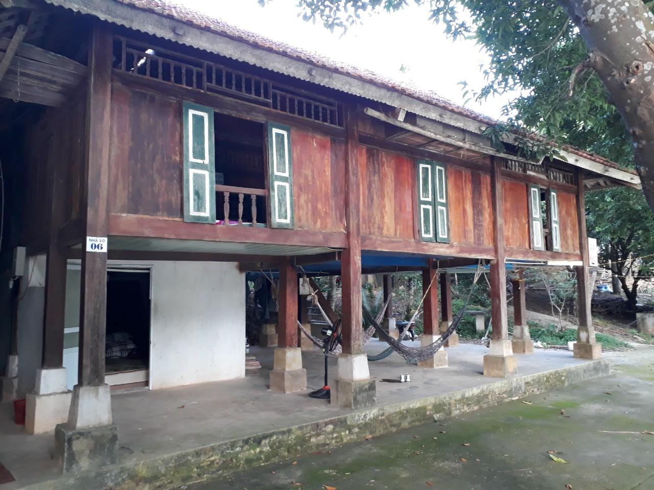 Dịch vụ đặt ăn, nhà sàn, thuê thuyền tại Thung Nai - Hòa bình