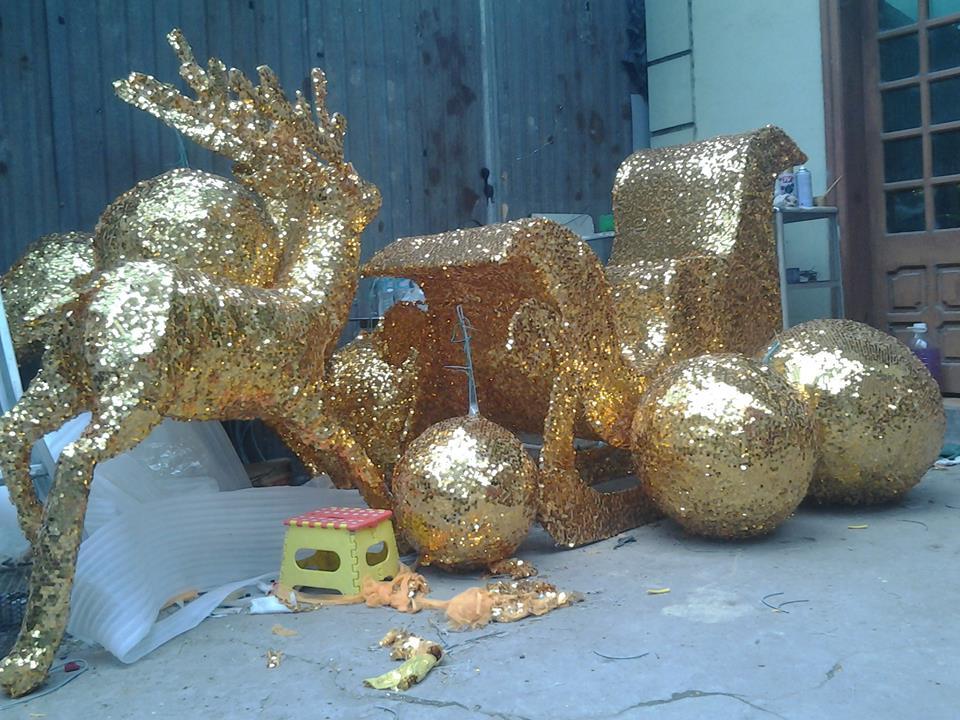 Sản xuất mô hình theo yêu cầu tại Hà Nội: tuần lộc, người tuyết trang trí Noel