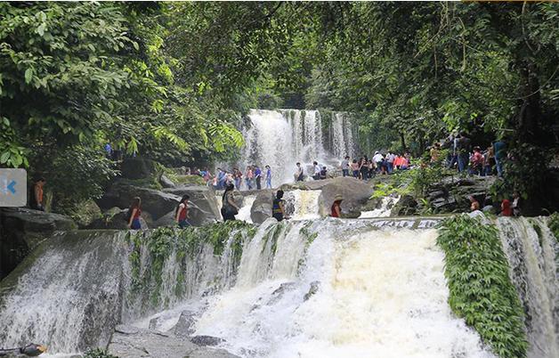 tour học sinh Khoang xanh - suối tiên 1 ngày
