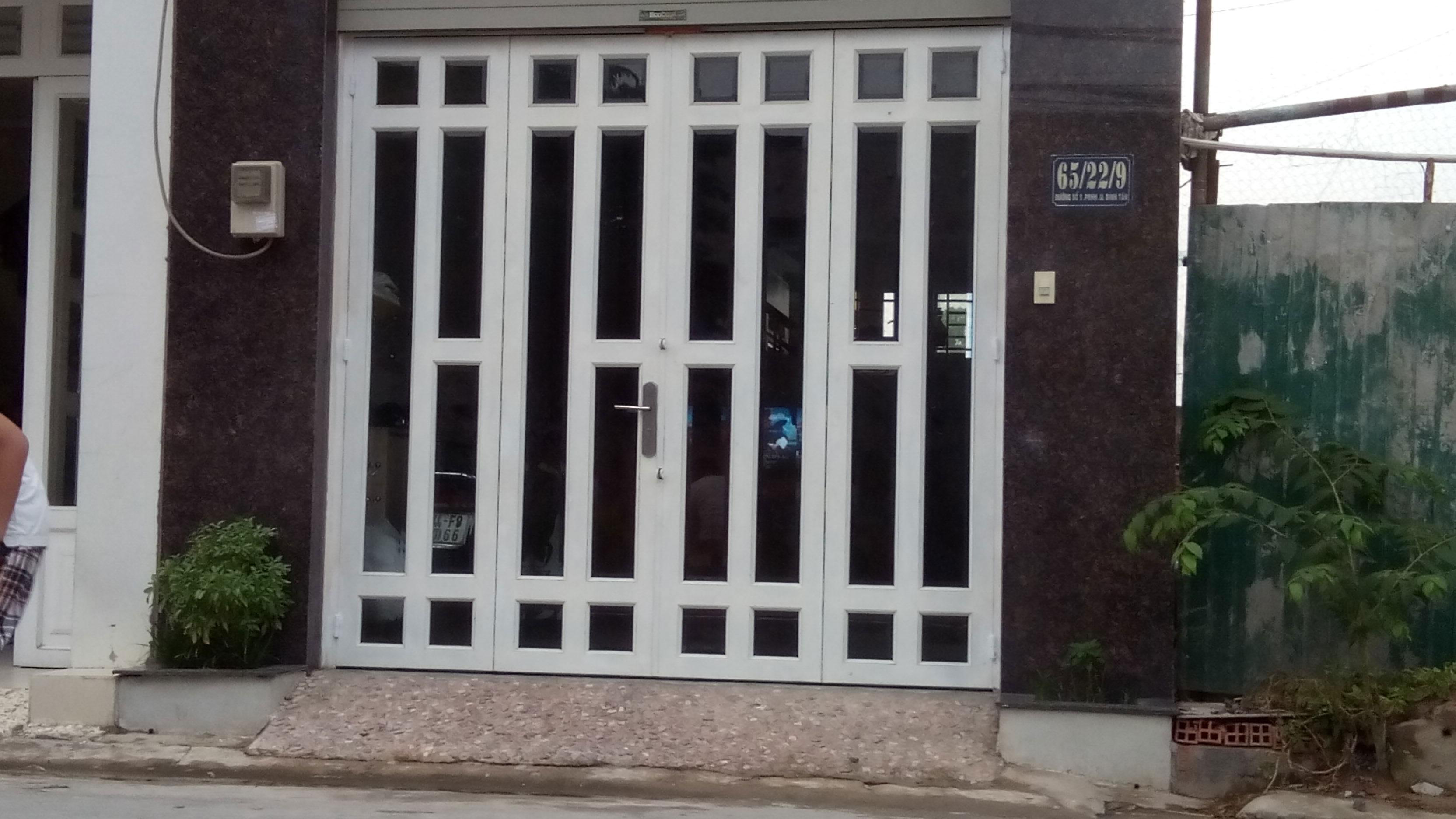 Thợ Sửa Cửa Sắt Quận Bình Thạnh 0947.406.037 Lưu Động