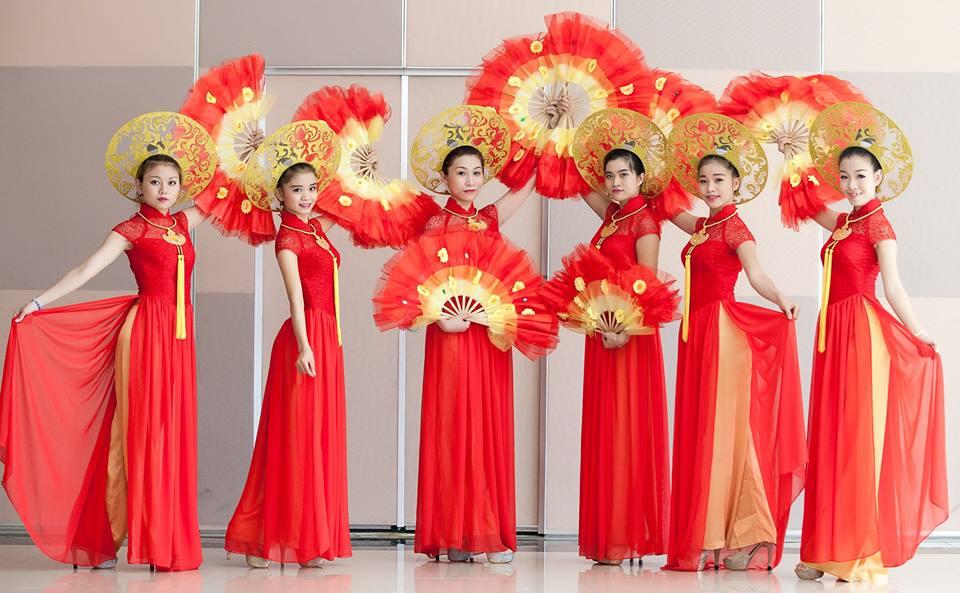 Top 10 cửa hàng cho thuê trang phục biểu diễn TPHCM trên MuaBanNhanh