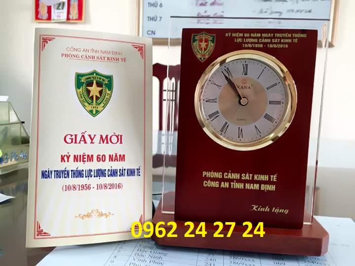 Sản xuất đồng hồ kỷ niệm ngày quân đội
