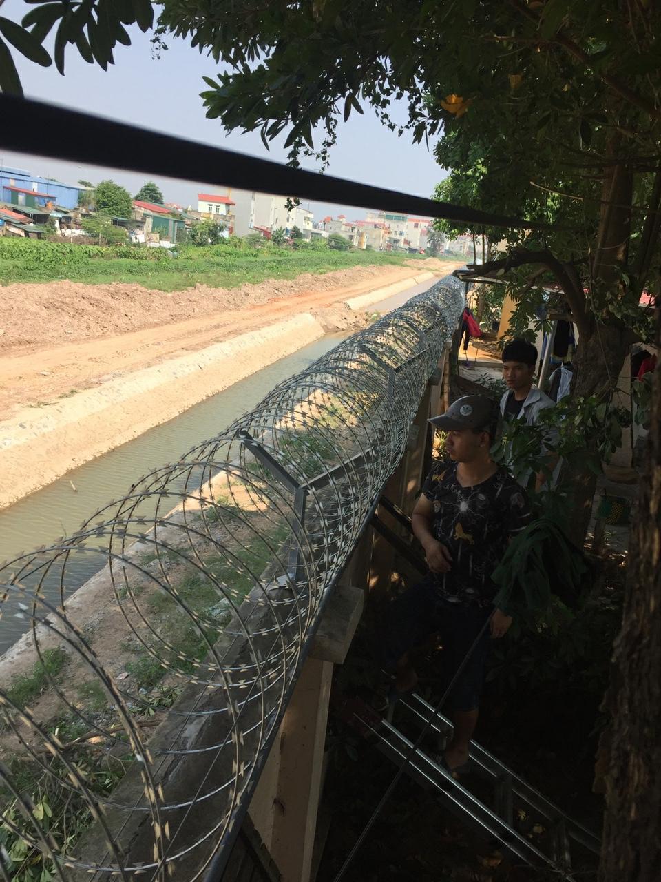 Thi công hàng rào dây thép công trình Hà Nội