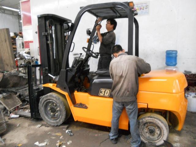 Hoàng Phúc chuyên sửa chữa xe nâng tại Đồng Nai và khu vực lân cận