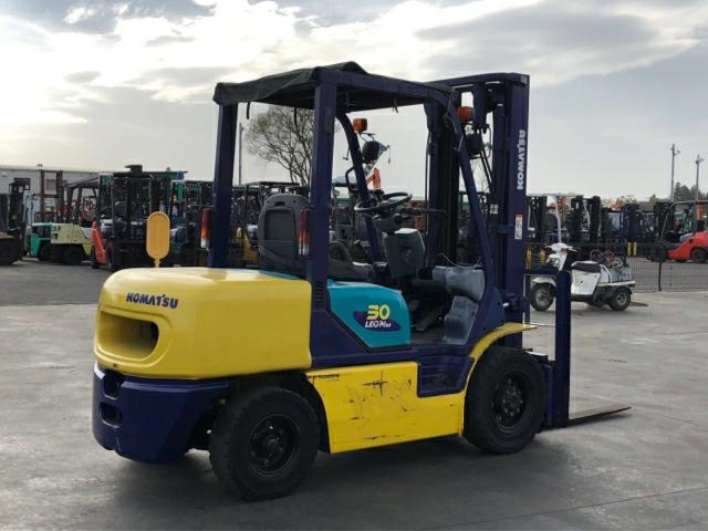 Dịch vụ sửa xe nâng Komatsu Hoàng Phúc