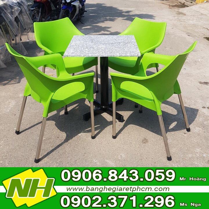Sản xuất bàn ghế nhựa đúc giá rẻ