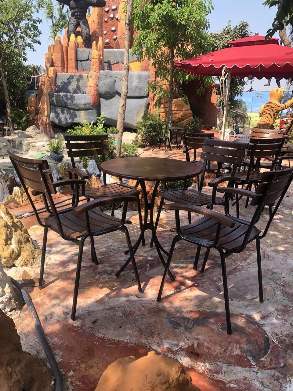 Xưởng sản xuất bàn ghế Fanshipan - nội thất Nguyễn Hoàng