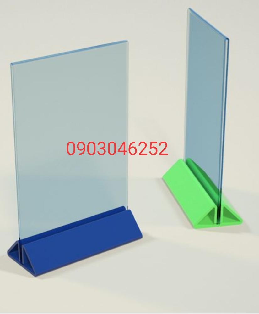 Chuyên sản xuất menu mica tam giác theo yêu cầu- Công ty Tân Mỹ Long