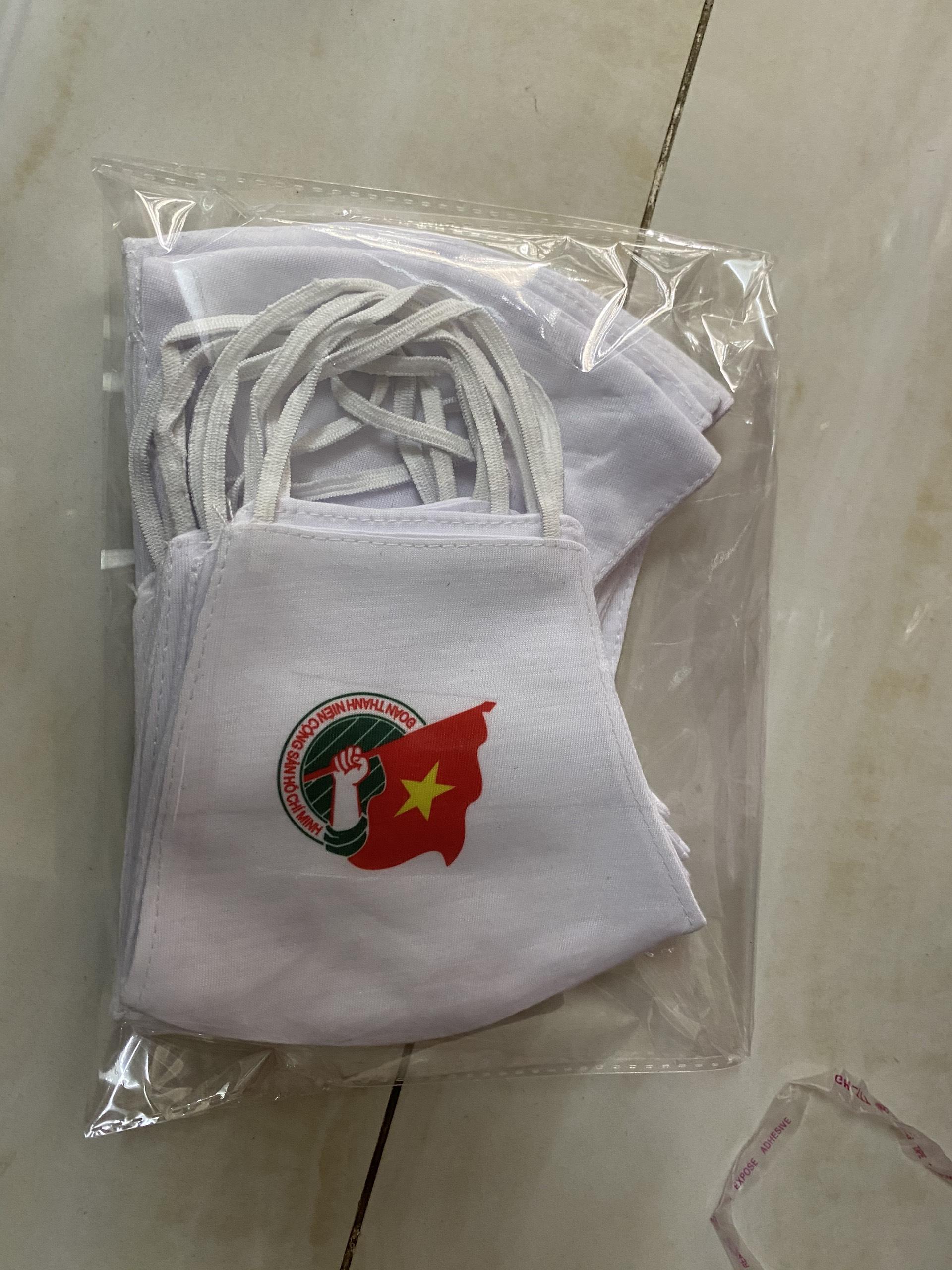 khẩu trang vải in logo đoàn - xưởng sản xuất khẩu trang theo yêu cầu khẩu trang vải in logo đoàn