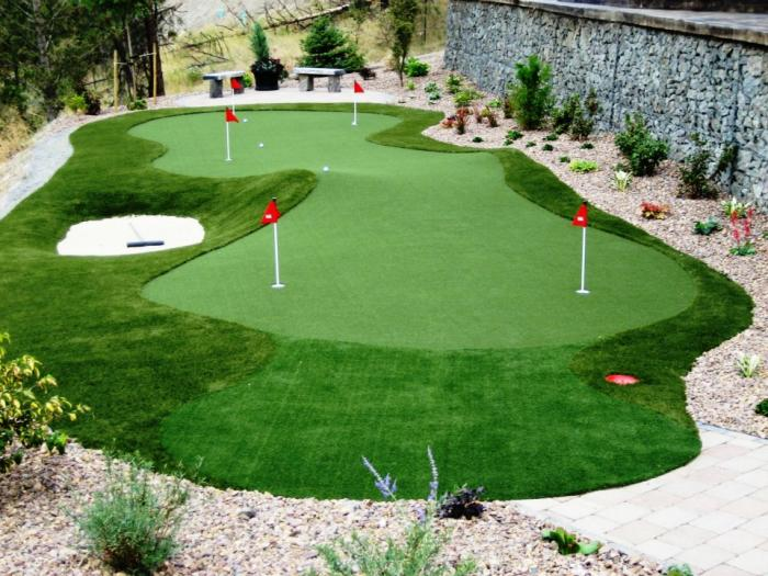 Thi công sân golf mini