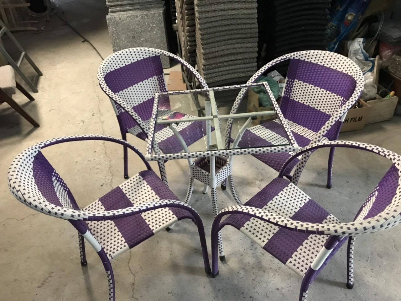 Xưởng sản xuất bàn ghế nhựa giả mây