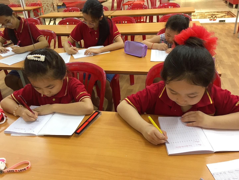 Chiêu sinh lớp luyện chữ cho bé từ 5 tuổi