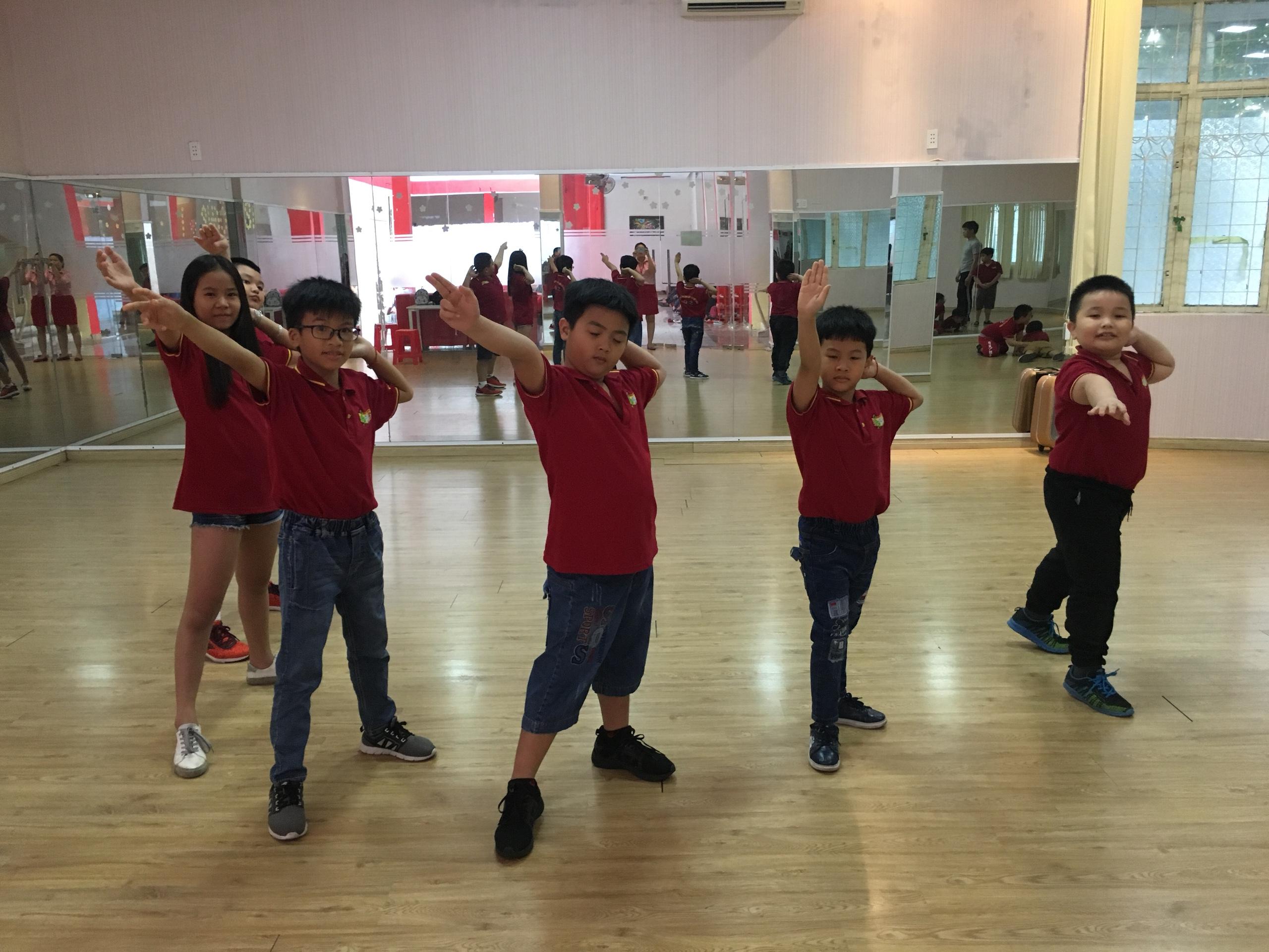 Đào tạo lớp nhảy hiện đại - Hiphop thiếu nhi