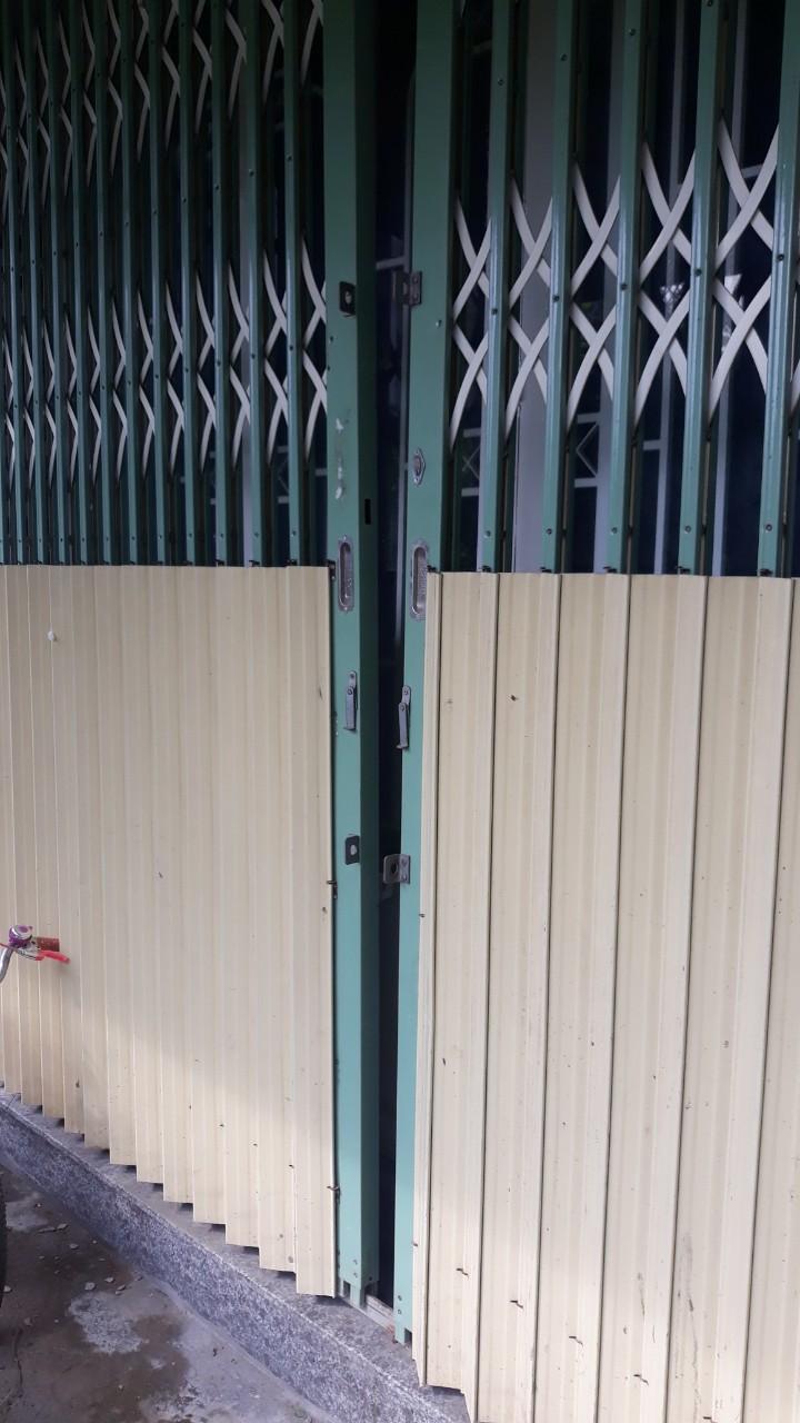 Thợ Lắp Khóa Cửa kéo TPHCM - Thợ Lắp Khóa Cửa Xếp TPHCM