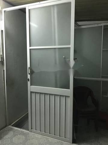 thợ sửa cửa kính