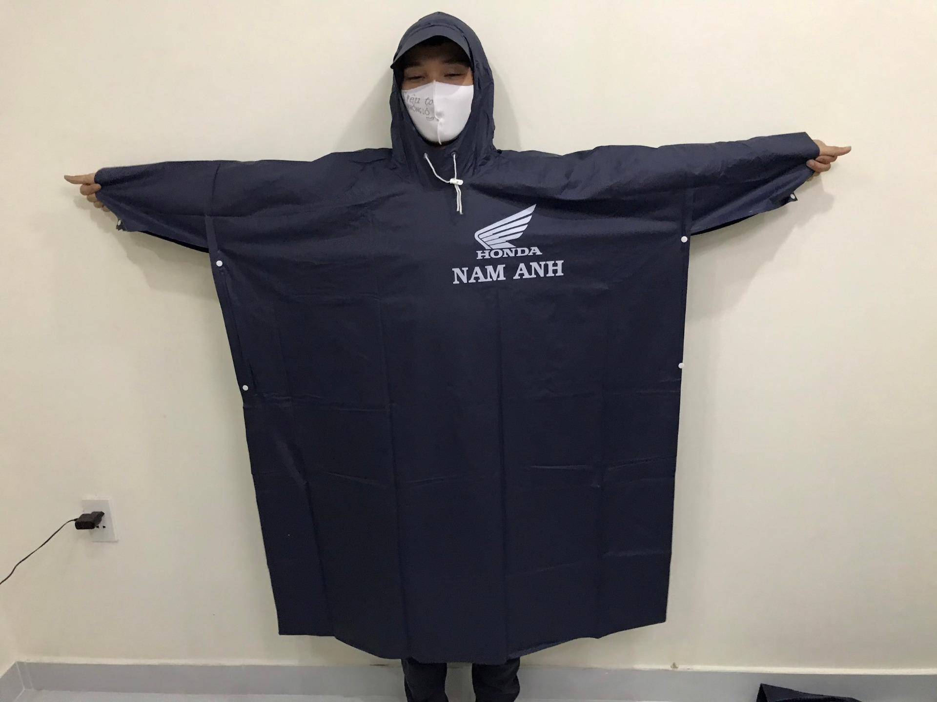 xưởng may áo mưa