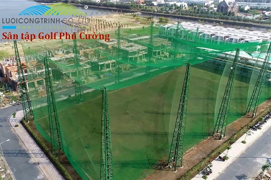 Thi Công Căng Trụ Lưới Sân Tập Golf