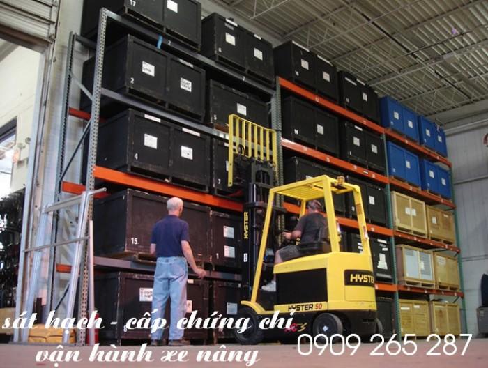 Đào tạo nghề lái xe nâng hàng tại nhà máy Long Thành Đồng Nai