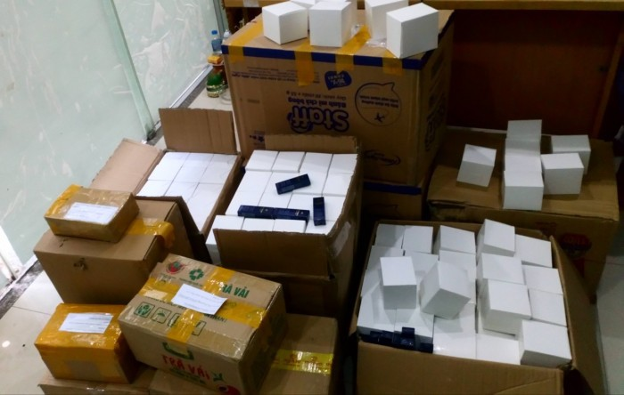 Đơn vị vận chuyển tài liệu, hàng hóa,... đi Hồng Kông giá rẻ, uy tín
