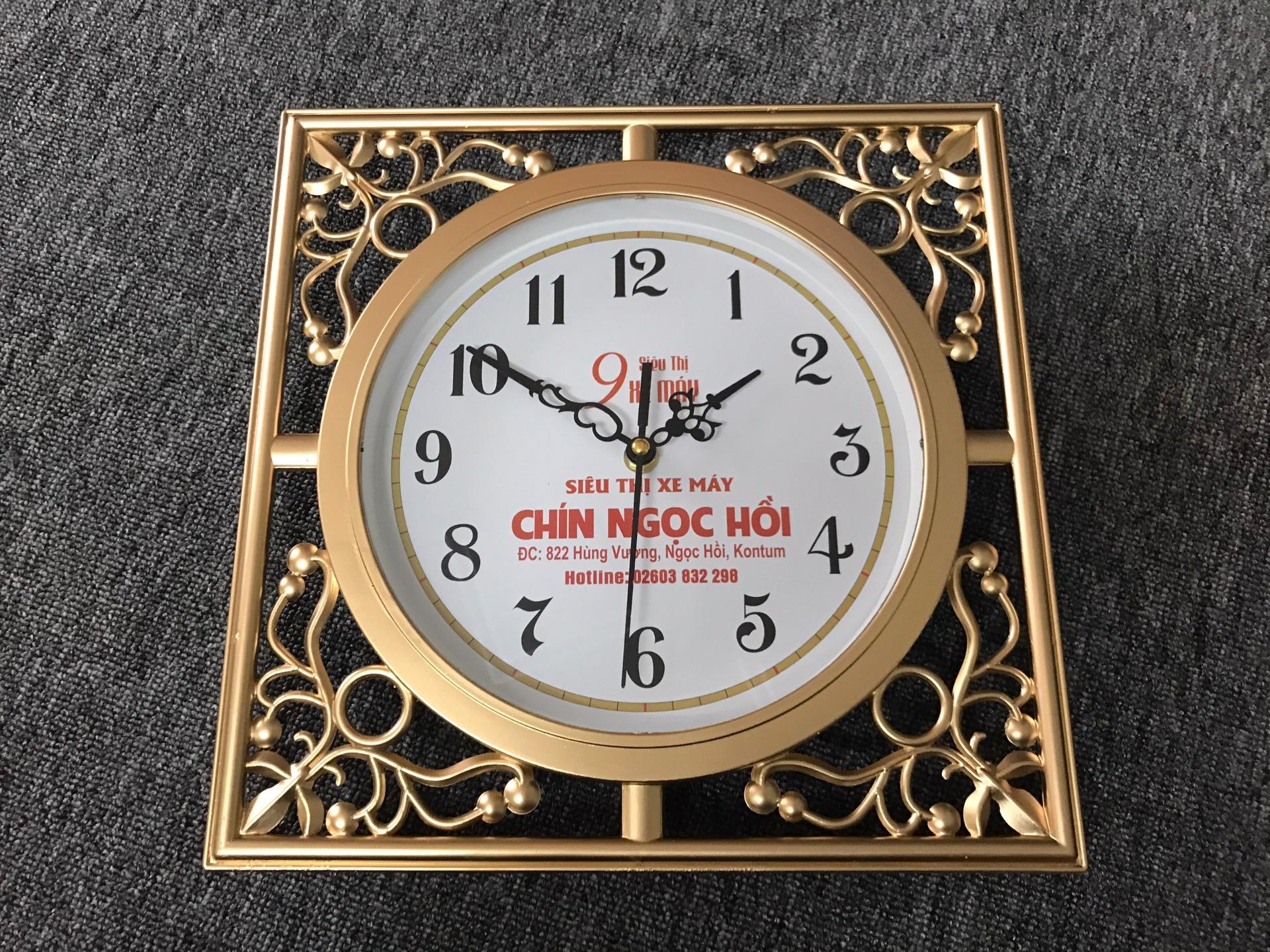 Sản xuất đồng hồ treo tường theo yêu cầu, đồng hồ in logo, tên công ty làm quà tặng