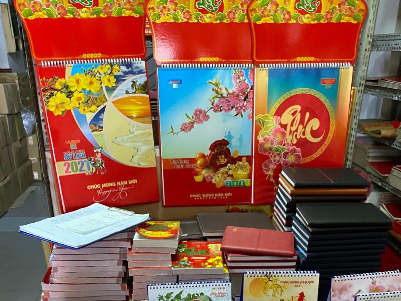 xưởng in lịch bloc Tết