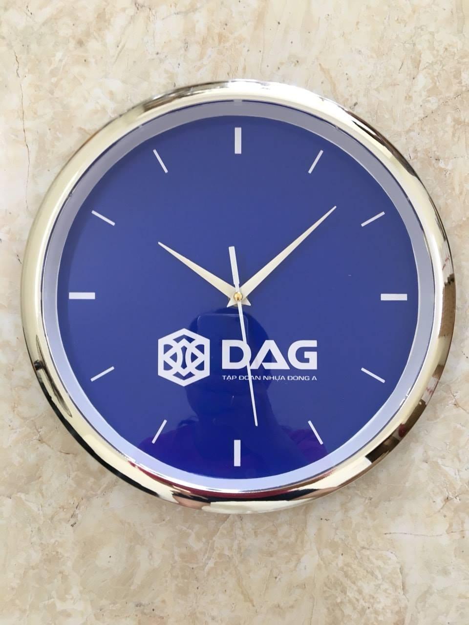 Sản xuất đồng hồ treo tường in logo doanh nghiệp