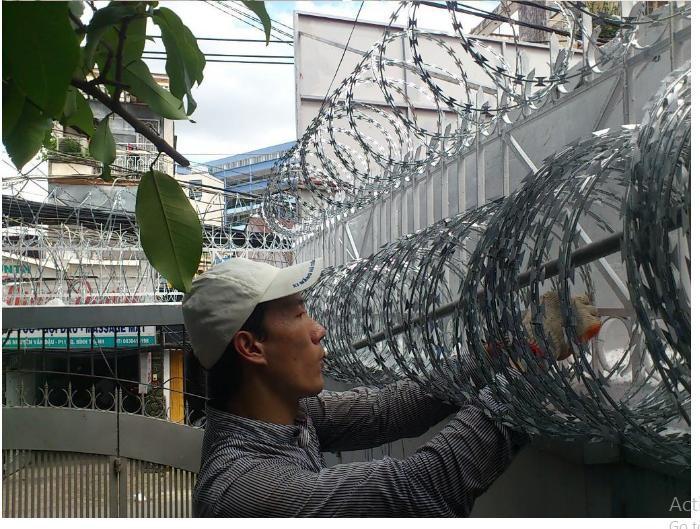 Thi công lắp đặt hàng rào mạ kẽm, hàng rào sơn tĩnh điện