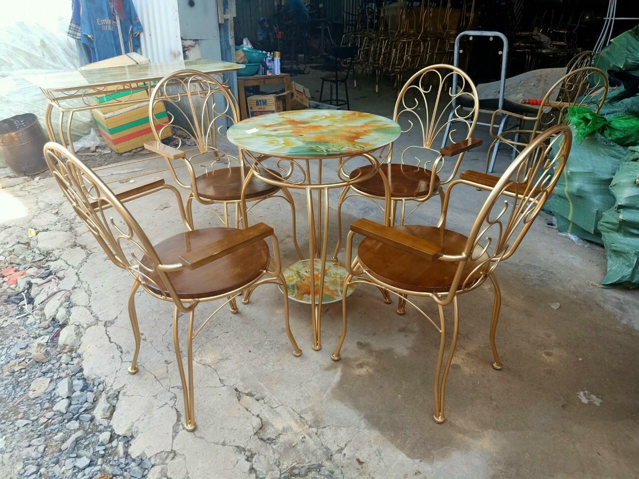 Kinh nghiệm lựa chọn bàn ghế cà phê đẹp, phù hợp