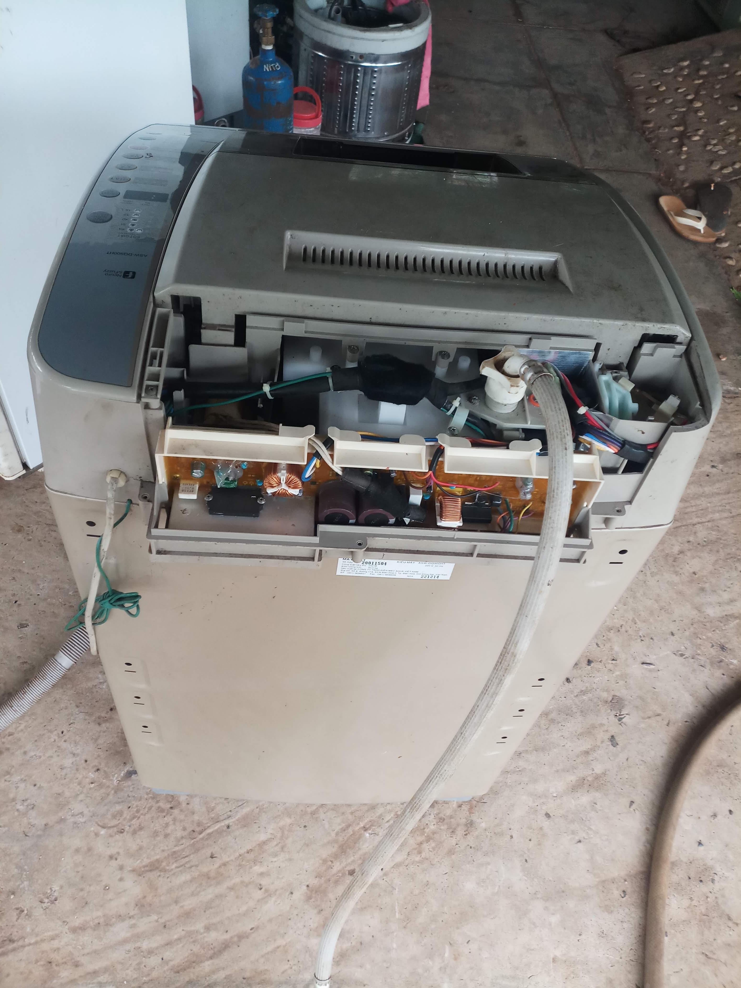 Vệ sinh máy lạnh, máy giặt tại nhà xã bình châu,bà tô, xuyên mộc