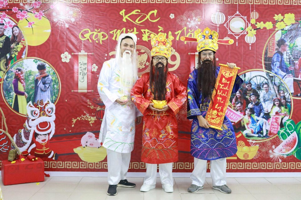 Thuê trang phục Thần Tài giá rẻ tại TPHCM