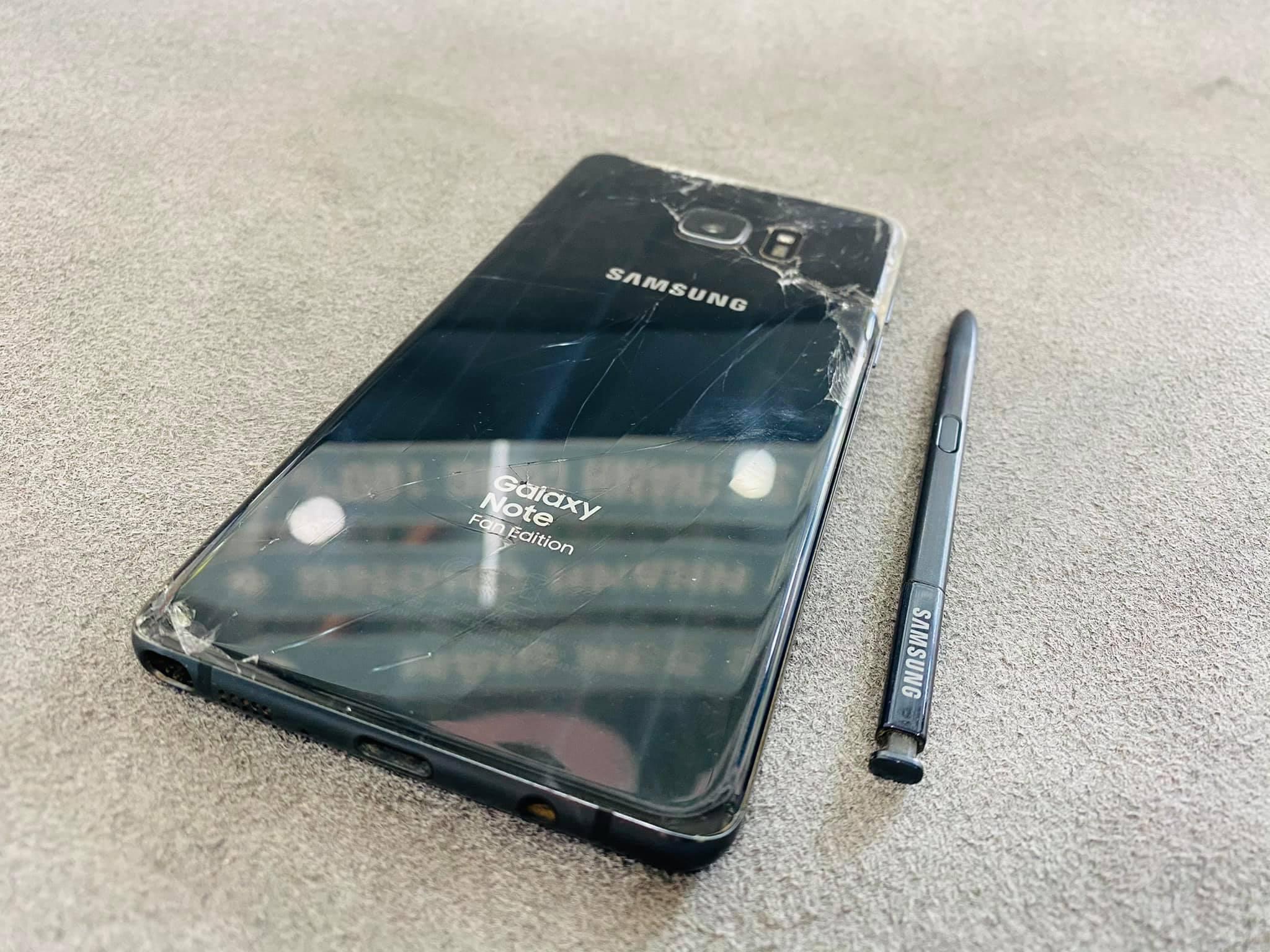 Thay Nắp Lưng Samsung Note FE Uy Tín Chất Lượng Số 1 Vũng Tàu