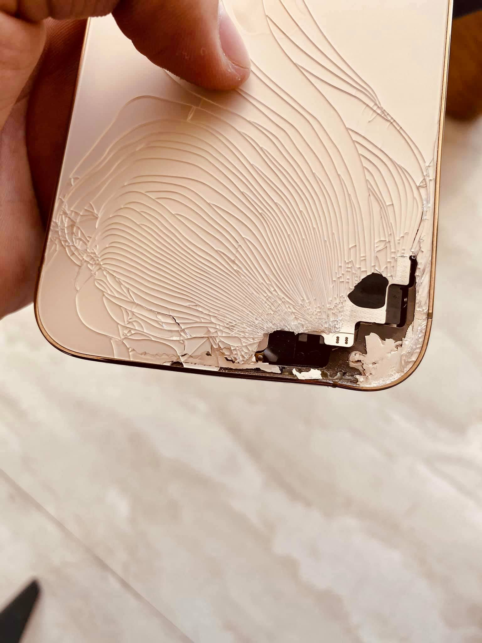 Ép Kính Thay Nắp Lưng iPhone 12 Pro Max Uy Tín Số 1 Vũng Tàu