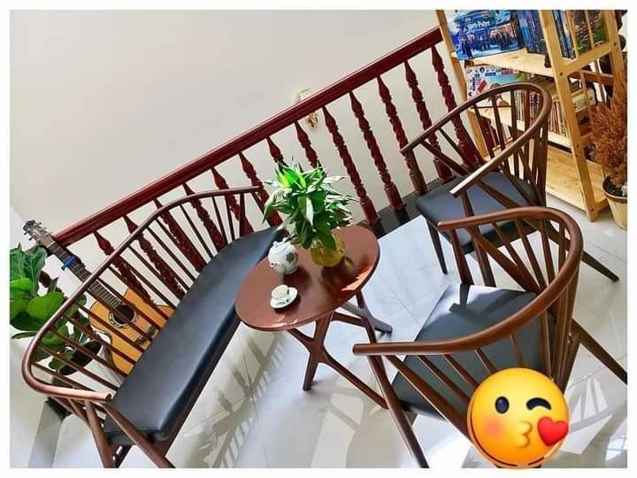 Sofa Nan gỗ bọc nệm