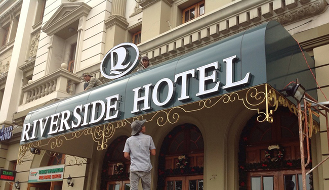 Chuyên làm biển quảng cáo nhà hàng, khách sạn sang trọng tại Hà Nội