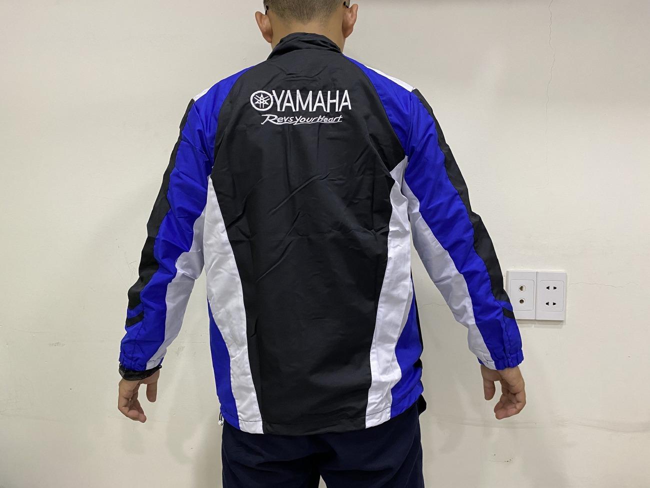 Công ty may áo khoác, áo gió đồng phục