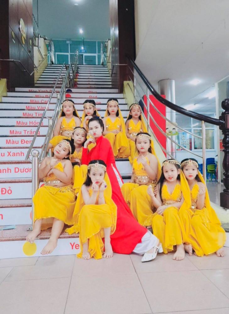 Thuê đồ múa Ấn Độ giá rẻ tại Thủ Đức