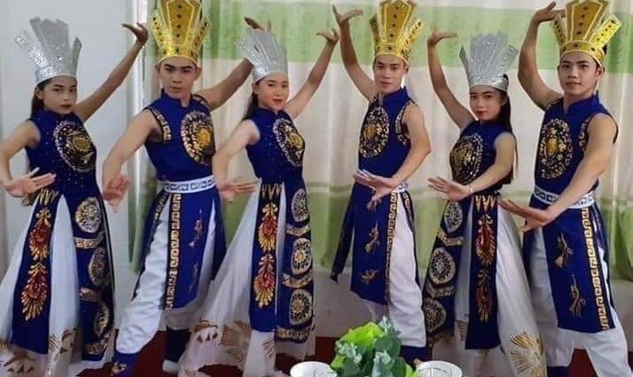 Cho thuê đồ múa Âu Lạc giá rẻ tại Bình Thạnh, TPHCM