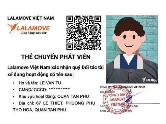 In thẻ tên Shipper Lalamove - Thẻ nhựa theo mẫu công ty | In Kỹ Thuật Số Since 2006