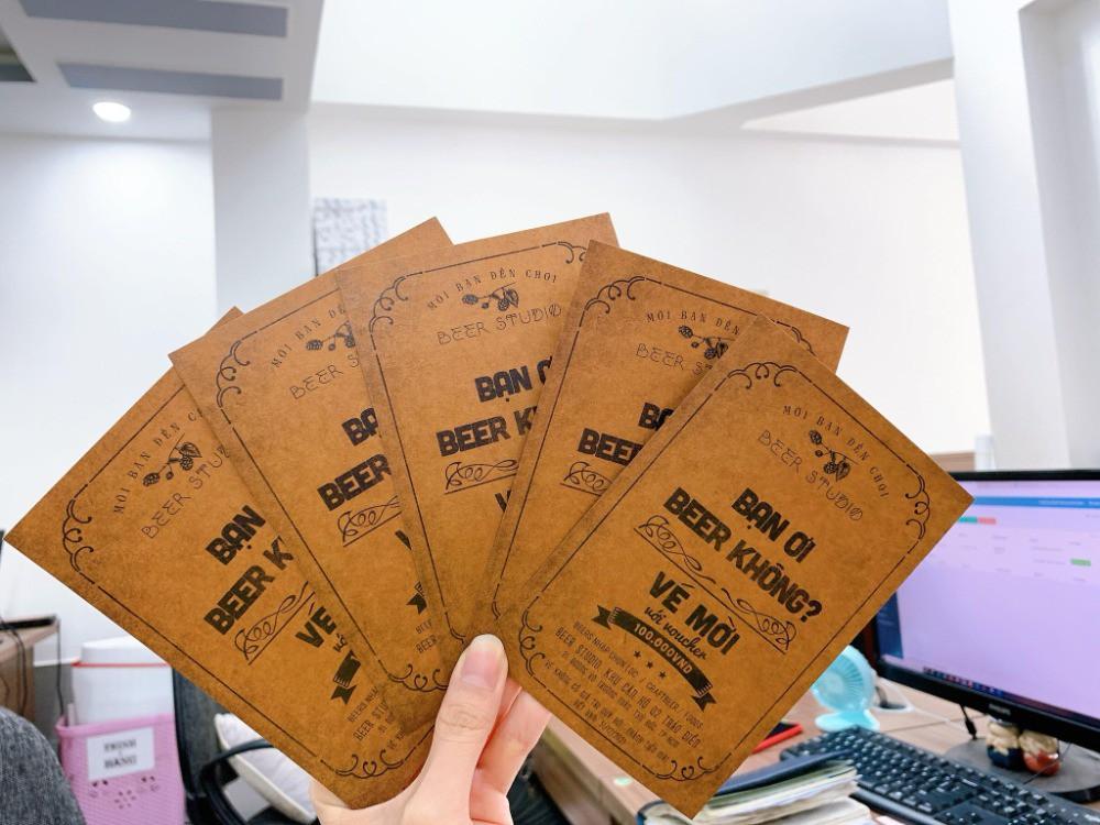 In thiệp mời giấy Kraft - Vé mời giấy Kraft | In Kỹ Thuật Số Since 2006
