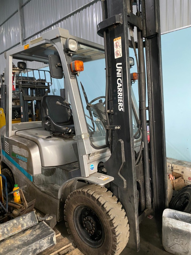 Dịch vụ cho thuê xe nâng hàng dầu điện xăng ga các loại từ 1 đến 5 tấn
