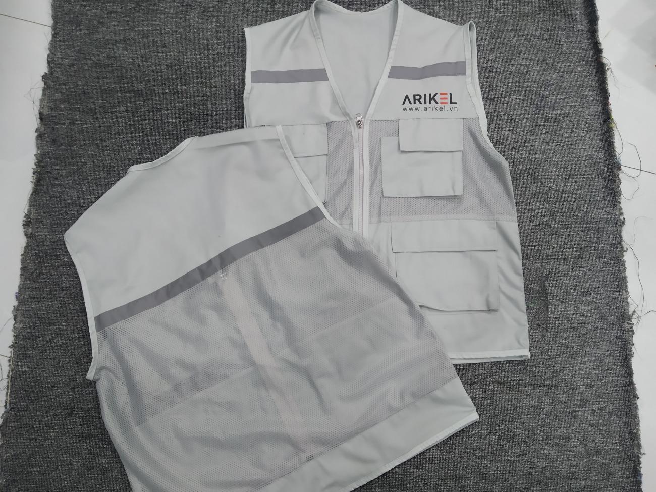 Xưởng áo khoác cho nhân viên kỹ sư