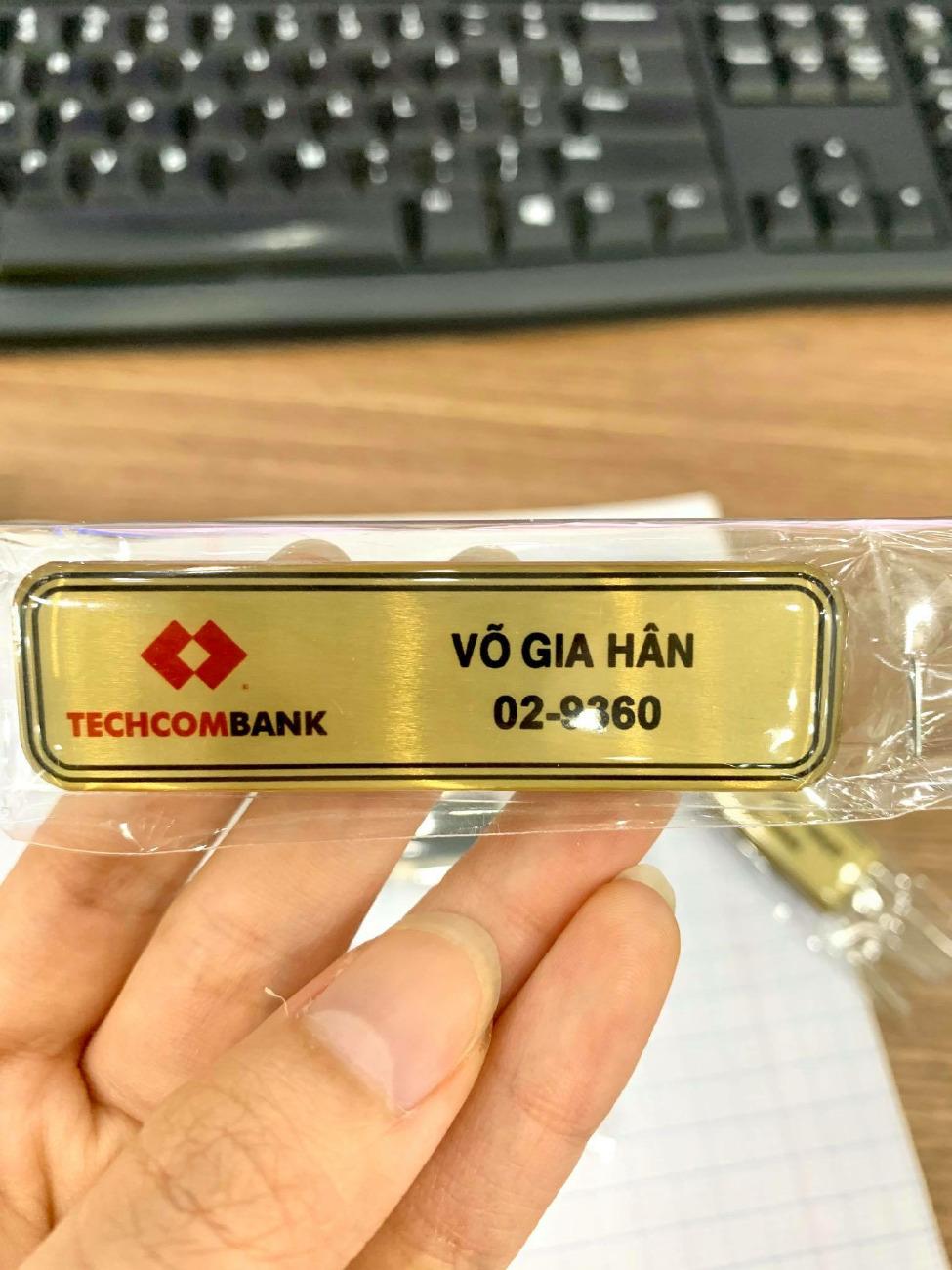 In thẻ tên nhân viên nam châm, thẻ tên nam châm